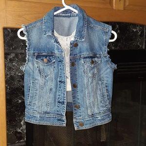 American Eagle Distressed Denim Jean Vest Small